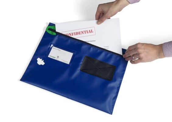 محافظ البريد المسطحة VCF من شركة Versapak